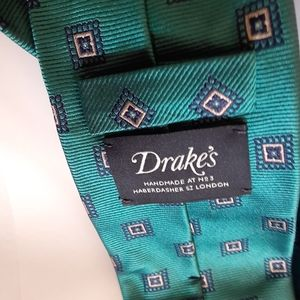 Recent Drakes geometric squares mens tie
